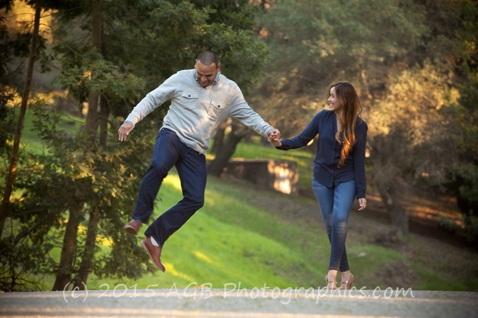 Oakland Hills Engagement Session { Laura + David }